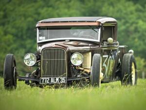 Voitures anciennes - Ford A de 1930. Crédit Photo