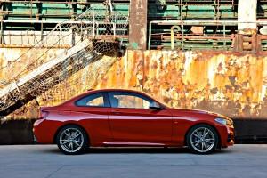 BMW Série 2 profil