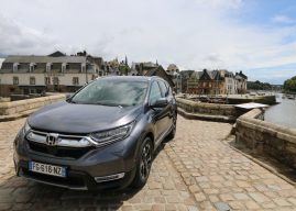 Le Honda CR-V Hybrid à l'essai à Vannes