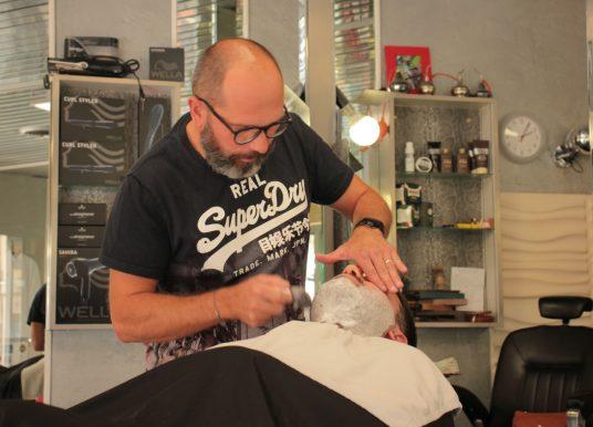 Chez Le Seb, la tradition des barbiers
