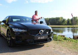 À Orléans, Sébastien Papion découvre la nouvelle Volvo S60