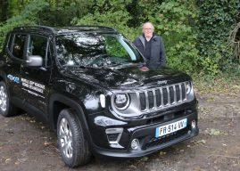 Le Jeep Renegade Hybride Rechargeable à l'essai à La Baule
